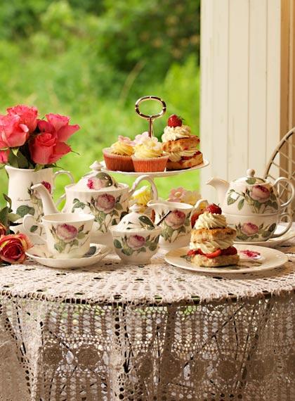 قدّم لهم الشاي في روي كيركام